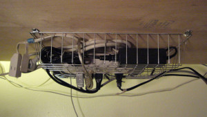 under desk basket_Lifehacker