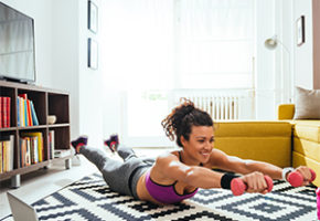 workout-girl-plus-tv-computer