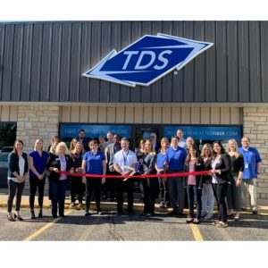 Stevens Point retail ribbon cutting